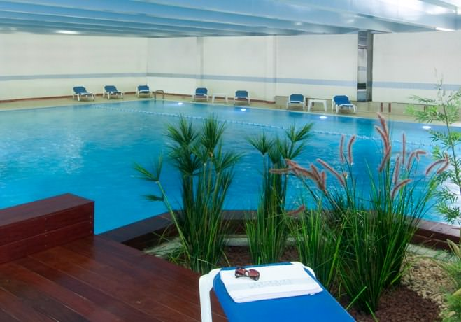 Ramada Hotel - Indoors Pool