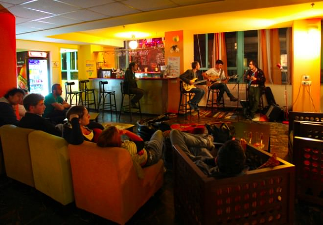 Abraham Hostel - Night Shows