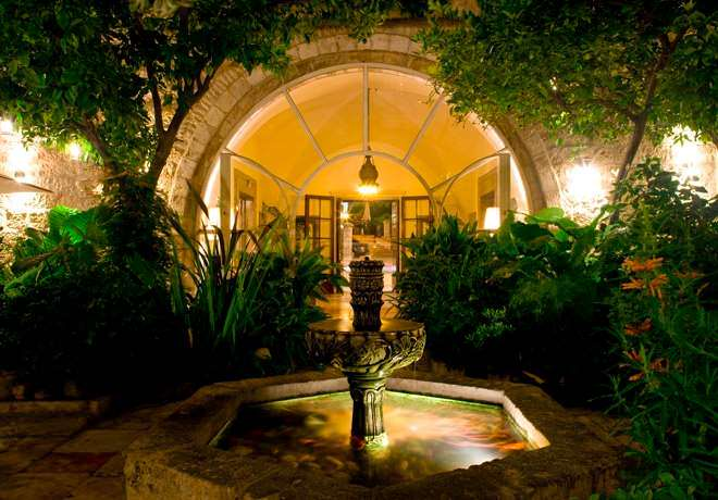 American Colony Hotel - Nighttime Courtyard