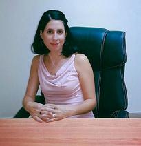 קרן גרניט - מנהלת מכירות וקשרי לקוחות