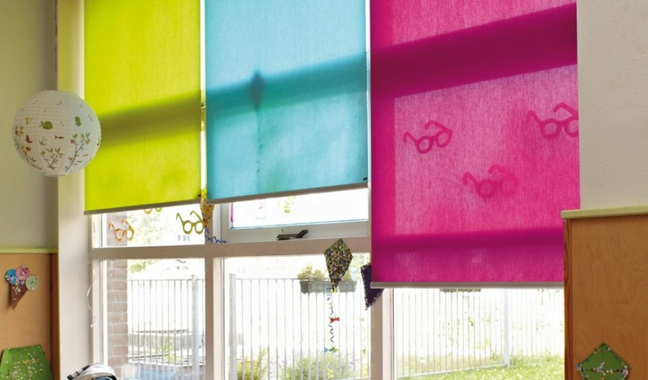 וילונות לסלון במגוון צבעים